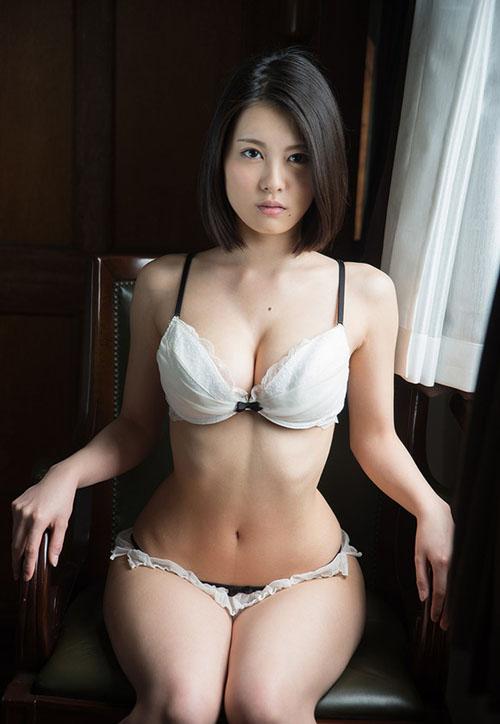 引退済みAV女優 松岡ちなが復活したというぬか喜び案件が発生した件