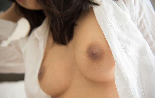 辻本杏のEカップ美巨乳おっぱ68