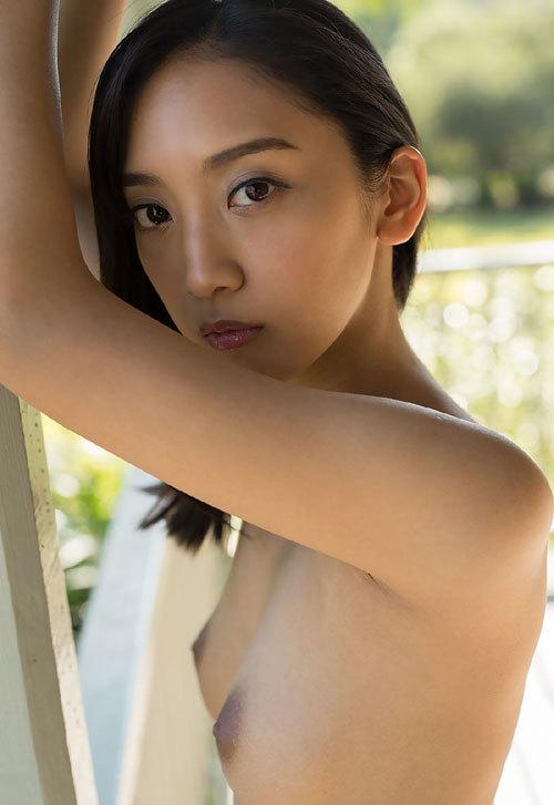 辻本杏のEカップ美巨乳おっぱ156
