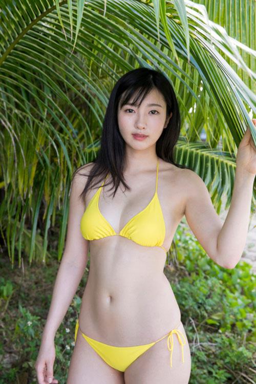 慶応大学薬学部の現役JDグラドル福井セリナの才女ボディがたまらんち