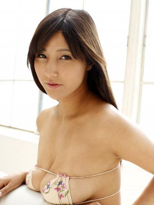 【渡辺万美 ヌード】週刊誌に引っ張りだこのHカップ女優、渡辺万美のヌードが大迫力。