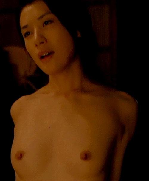 女優・村川絵梨の乳首モロ出しセックス、GIFバージョン!騎乗位の腰振りがエロすぎるwww