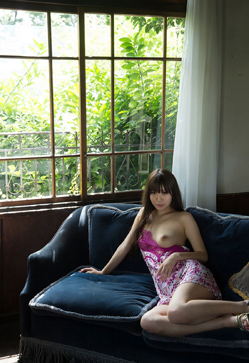 黒川サリナのFカップ美巨乳おっぱい19