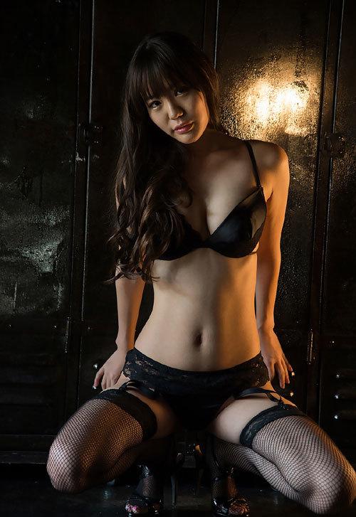 黒川サリナのFカップ美巨乳おっぱい79