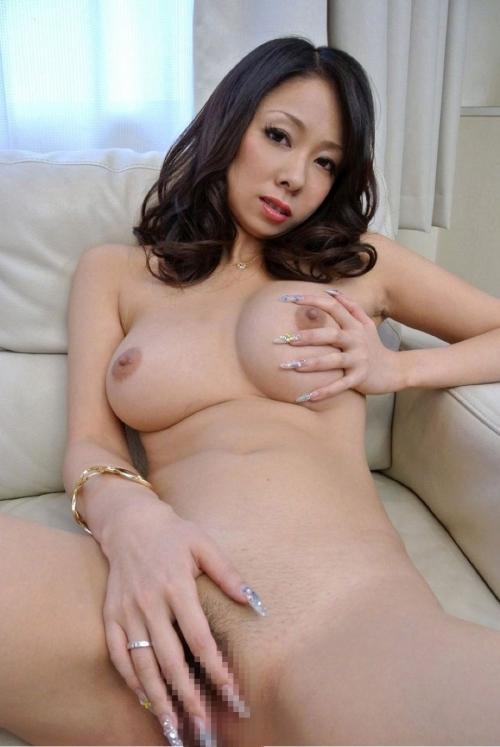 性欲しか無さそうなドスケベマダムズ 巨乳人妻・熟女画像 Vol.4 【KAORI】