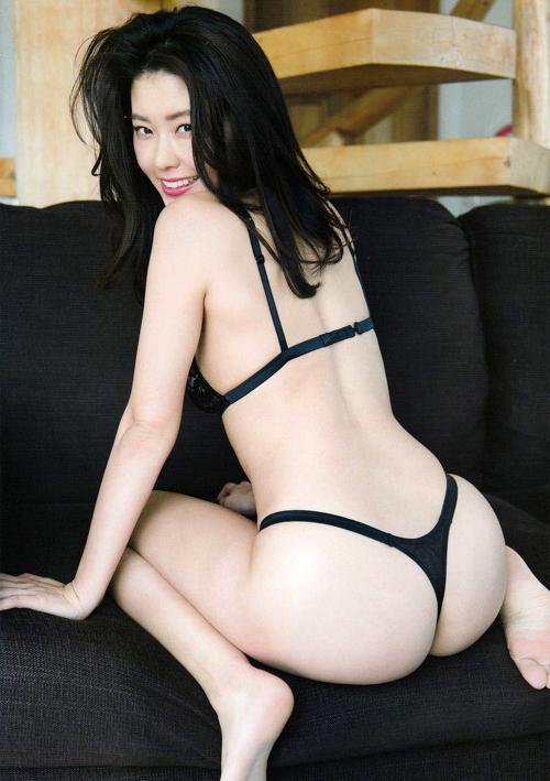 テラスハウス福山智可子がTバック!!!!