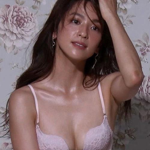 中村アン 情熱大陸で見せた女性がなりたいNo.1のエロボディとおっぱい