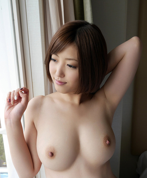 【エロ画像】綺麗なお姉さんの綺麗なおっぱい Vol.14