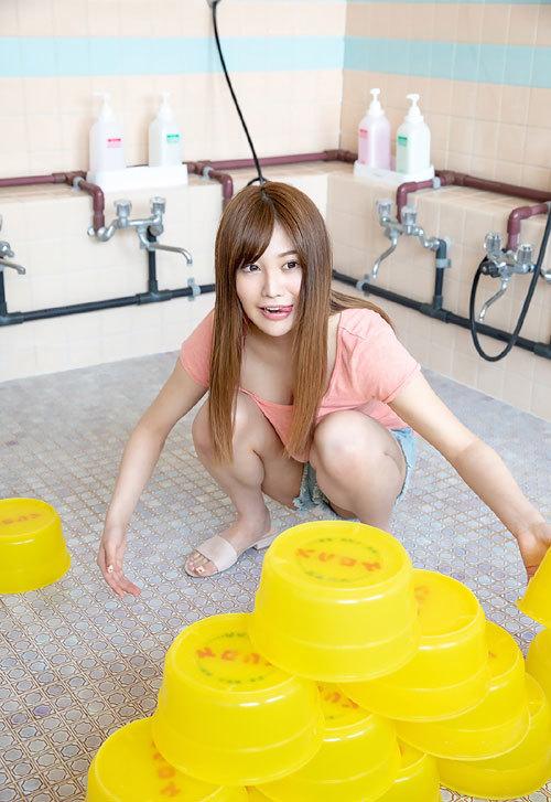 益坂美亜のJカップ美爆乳おっぱい29
