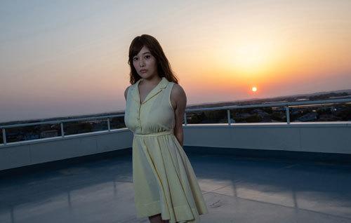益坂美亜のJカップ美爆乳おっぱい120