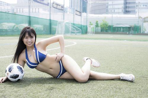 大原優乃ビキニからはみ出すムチムチおっぱい37