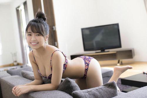 大原優乃ビキニからはみ出すムチムチおっぱい92