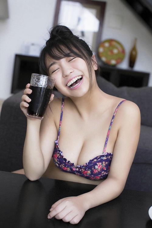 大原優乃ビキニからはみ出すムチムチおっぱい94