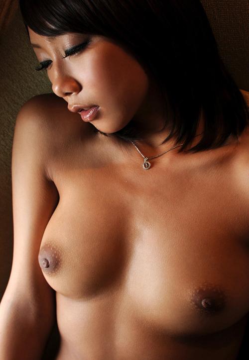 乳首を刺激して乳房を揉みまくりたい…おっぱい画像100枚