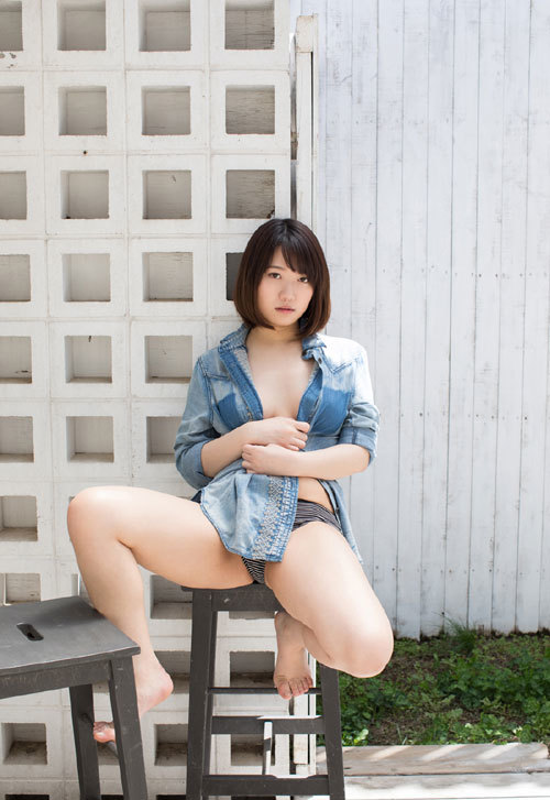 菊川みつ葉のFカップ巨乳輪おっぱい34
