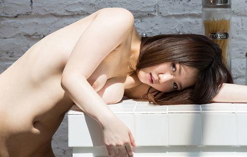 菊川みつ葉のFカップ巨乳輪おっぱい46