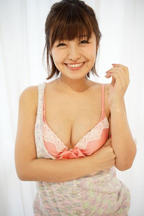 【綾瀬羽乃(元SEVEN4・85cm・Fカップ巨乳)おっぱい見せグラビア】画像・動画