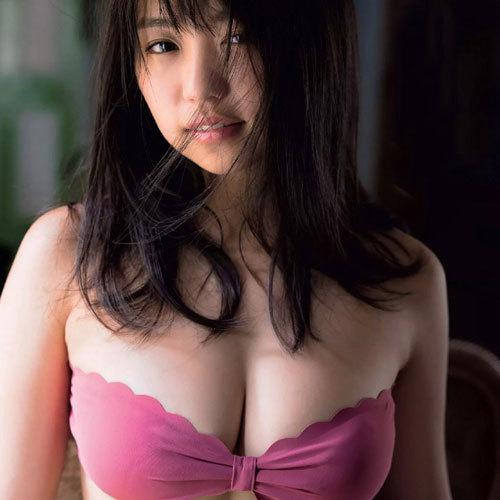 大原優乃(18) 大人の雰囲気も漂うFカップのおっぱいはまだまだ成長中