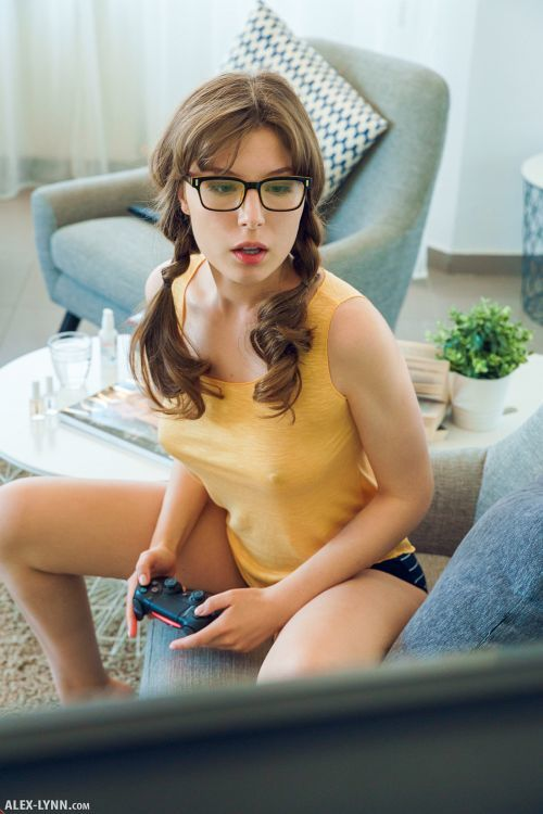 Satin - GAMER GIRL 03