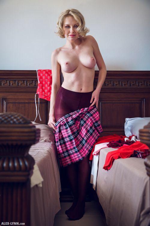 Kery - IN HER ROOM 10