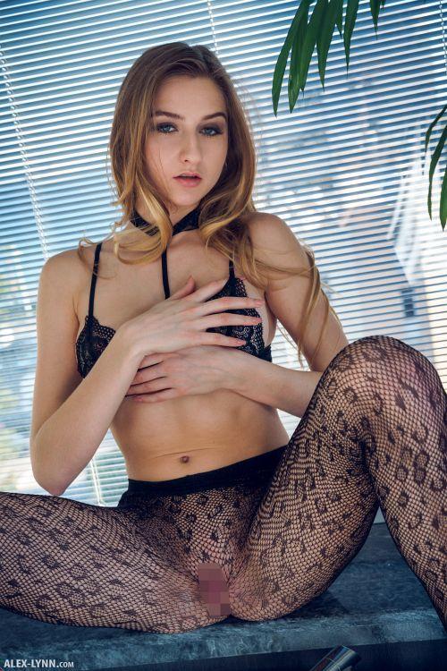 Amelia - SEXUAL FEELING 06