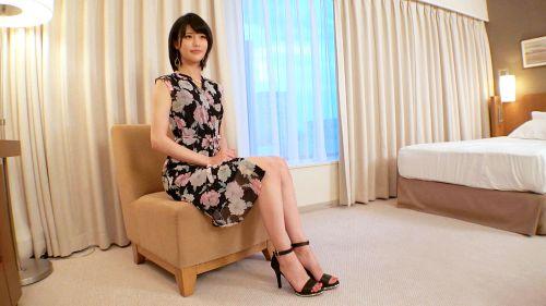 小田萌咲 27歳 イラストレーター 06