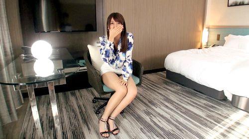松川早苗 28歳 ホテル勤務 03