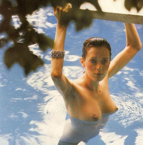Sylvia Kristel 昭和男子の精液を搾り取ったw伝説の「エマニエル夫人」女優シルビア・クリステル、ヌード画像!【お宝エロ画像】 05
