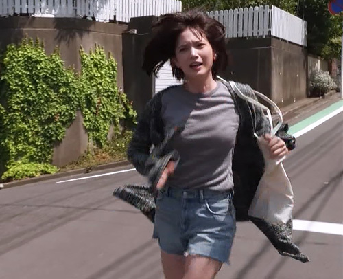 本田翼ちゃん、走っただけでおっぱい揺れすぎwww2ch「ぷるんぷるん!」「グラドルになれよwww」