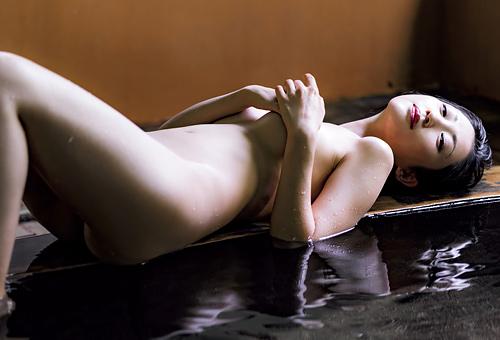 【壇蜜】職業「エッチなお姉さん」美熟女の濃いフェロモンが匂い立つヌード画像まとめww