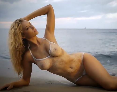 【ハナー・ファーガソン】人気モデルの美ボディに水着を 描・い・たww乳首モロ見え水着?撮影動画www