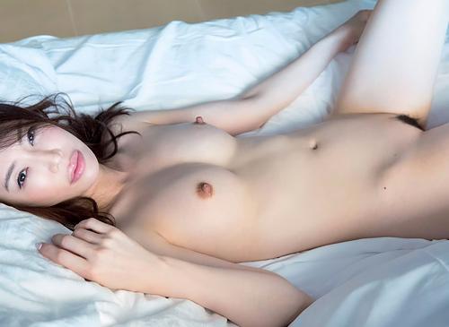 岩本和子、ヘアヌード解禁!美魔女グラドルが乳首もマン毛も晒した…【エロ画像34枚】