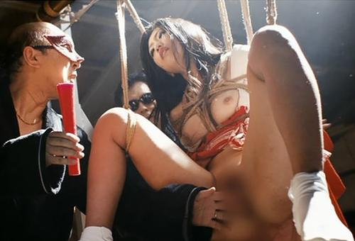 【芸能人】これ前バリ無いんだぜ?壇蜜さん(37歳)がマンコ丸出しの大開脚をしてる映画濡れ場がこちらwww