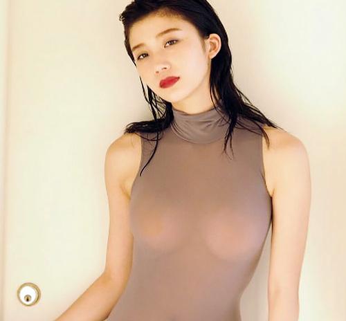 リアル峰不二子こと小倉優香(19)自身初となる試みで爆乳突起が凄いことにww