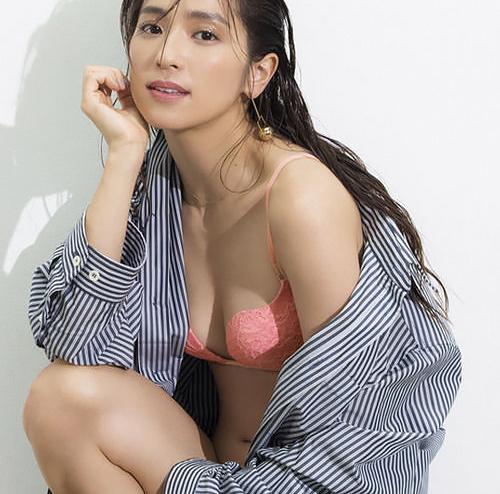 中村アン(30)の最新ピーチジョンの下着姿がぐうシコww【エ□画像】