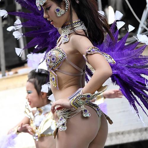 神戸まつり筆頭に日本の夏に行われるサンバ祭りがエ□すぎる!→乳揺れプリケツに釘ずけ不可避。