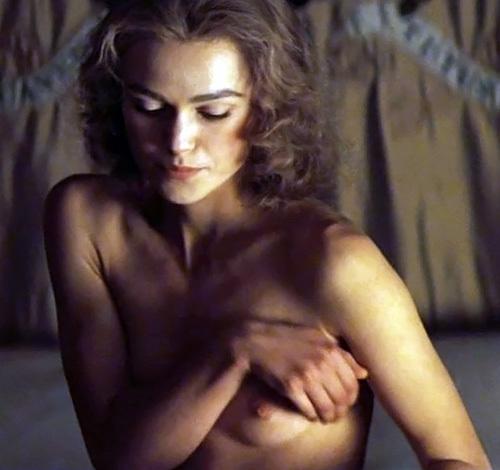 キーラ・ナイトレイが映画の中で乳首ポロリしてるシーンのGIF画像www