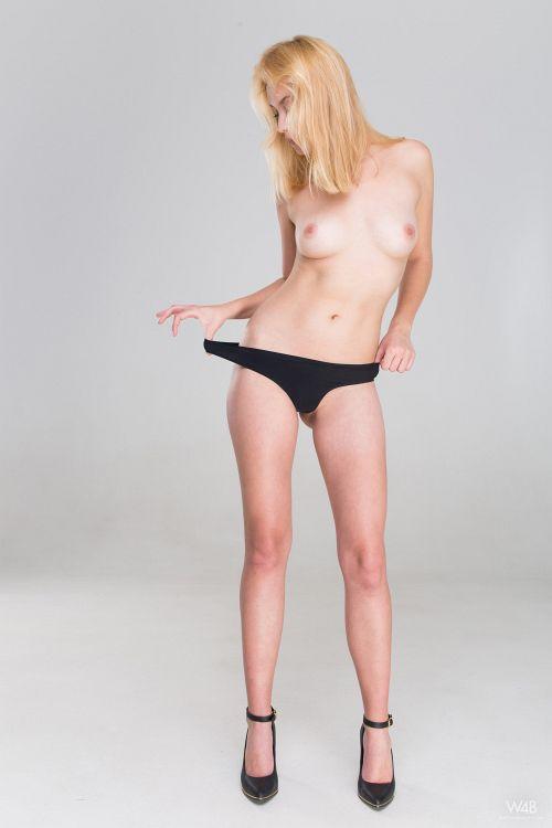 Mandy Tee - CASTING MANDY TEE 03