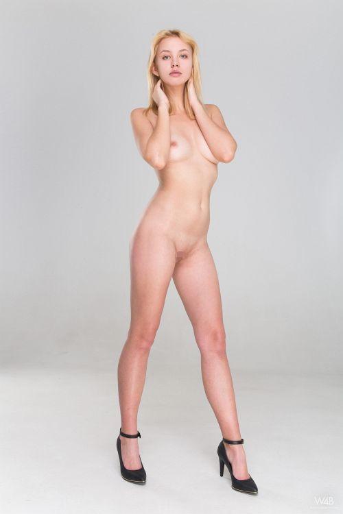 Mandy Tee - CASTING MANDY TEE 04