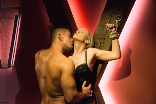 Vinna Reed - X MARKS THE SPOT 03