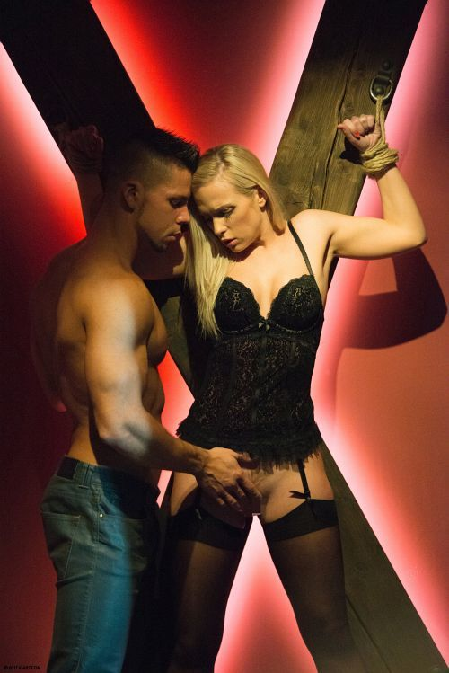 Vinna Reed - X MARKS THE SPOT 04
