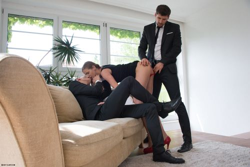 Sarah Kay - TWO GENTLEMEN AND A LADY 03