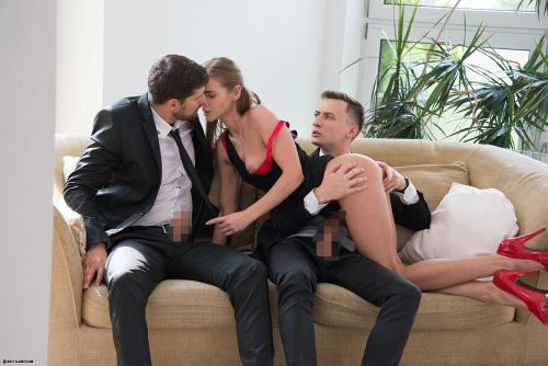 Sarah Kay - TWO GENTLEMEN AND A LADY 06