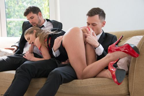 Sarah Kay - TWO GENTLEMEN AND A LADY 07