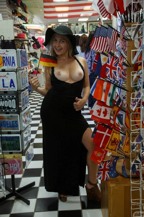 Kayla Linchek - MARINA CHEESE II 16