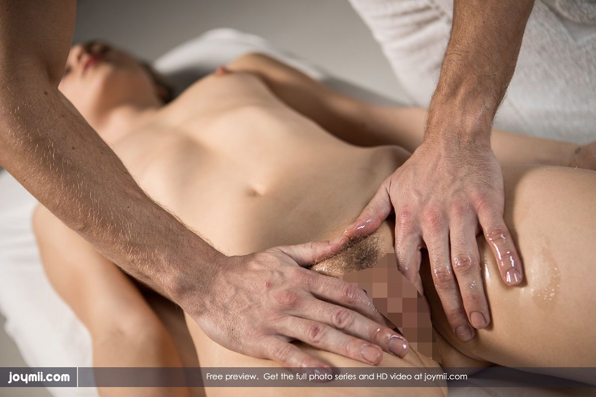 Alecia Fox - DEEP GOING MASSAGE 02