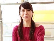 ダイスキ!人妻熟女動画 :美形スレンダーな五十路熟女妻が長年セックスレスすぎてAVデビュー! 麻生まり 54歳
