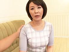 ダイスキ!人妻熟女動画 :夫が仕事に出かけた後、若者を家に呼んでセックスしまくってる四十路妻 円城ひとみ