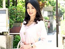 ダイスキ!人妻熟女動画 :妖艶な雰囲気も感じさせるスレンダー四十路妻の初撮りAVドキュメント! 立花涼子