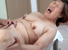 裏・桃太郎の弟子 :【無修正】【中出し】新潟のザーメンおばさん 十一発目 香織